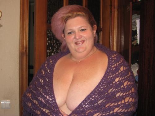 Анальный секс с милой толстушкой